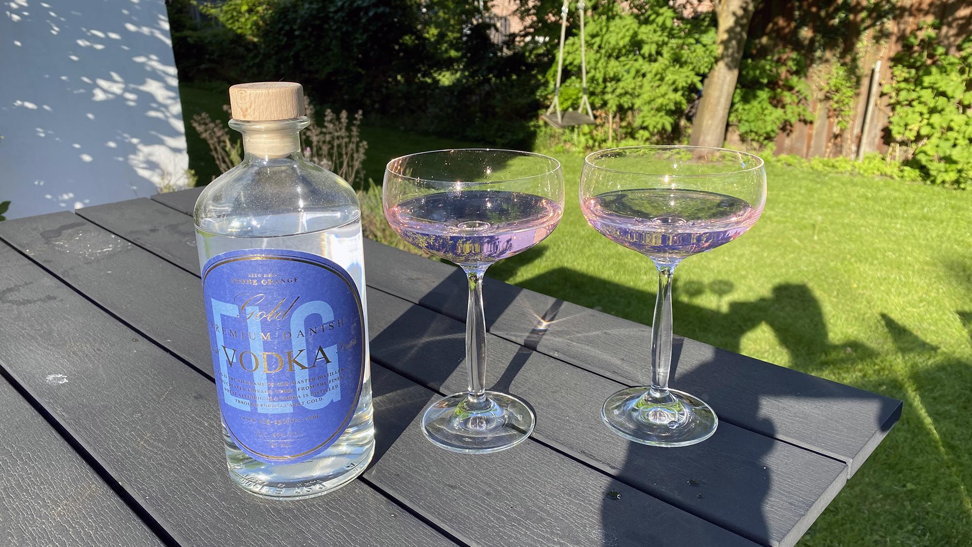 Mogenspolitans – en long(balls) drink